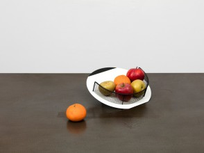 Claire fruit bowl by Daniel Weil for Anthologie Quartett