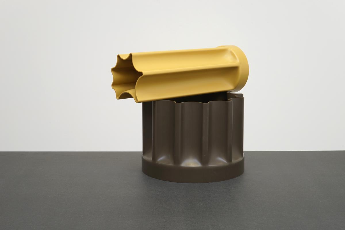 http://a1043.com/wp-content/uploads/Enzo-Mari-Vase-Bambu---Danese-1_003.jpg
