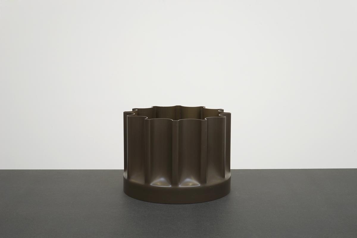http://a1043.com/wp-content/uploads/Enzo-Mari-Vase-Bambu---Danese-2_001.jpg