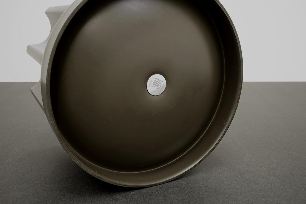http://a1043.com/wp-content/uploads/Enzo-Mari-Vase-Bambu---Danese-2_005.jpg