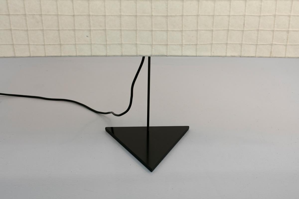 http://a1043.com/wp-content/uploads/Ingo-Maurer-Galgen-Triangle-BD_005.jpg