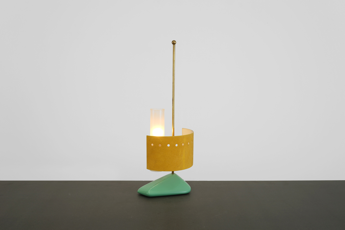 Lampe Italienne 1950 Base Bois ht 52,5 larg 18,5 prof 15cm_001