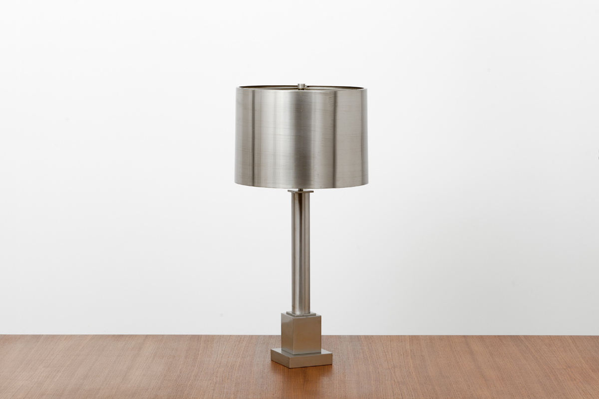 http://a1043.com/wp-content/uploads/Lampe-Maison-Charles-004.jpg